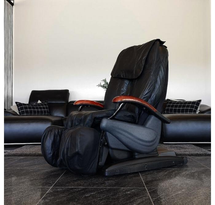 Brugt iCare 700 Massagestol, sort læder